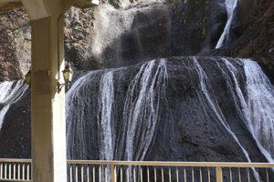 袋田の滝_観瀑トンネル